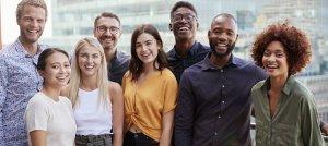 Contratar profissionais em início de carreira: estagiário x jovem aprendiz